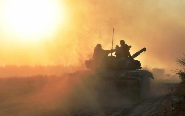 ВСУ ответили на обстрелы, ранен украинский боец